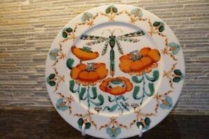 Korento (Dragonfly) dinnerware