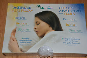 "MEDIFLOW WATERBASE FIBRE PILLOW ""NEW"""