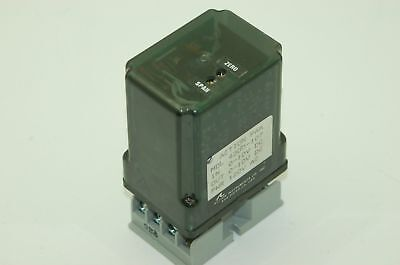 Action Industries Action Pak 4300 107 Relay  0 10Vdc In Out  120Vac