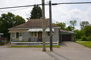 1.5 STOREY HOME! 207 Burnt River Road, Fenelon Falls, ON