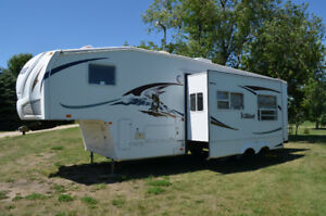 2009 wildcat 5th wheel camper 30loft