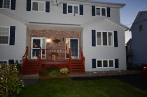 LOVELY 4 BR SEMI - GREAT LOCATION - AVAILABLE IMMEDIATELY