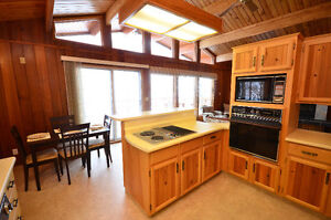 Fantastic Sylvan Lake Cottage Regina Regina Area image 5
