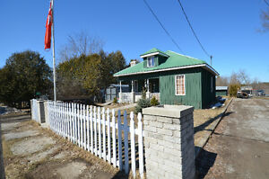 COUNTRY HOME! 9 Blanchards Road, Kirkfield, ON