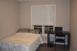 Luxury ALL INCLUSIVE Student Rental- Starting May 2017- 5 bdrms London Ontario image 3