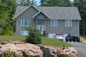 Home for Sale in Beautiful Osprey Links Subdivision
