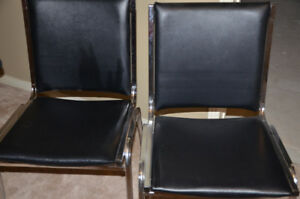 Set of 2 Guest Chairs / Waiting Room Chairs
