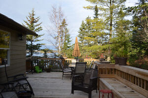 2+2 Year Round Lake Home in Sioux Narrows For Sale