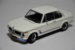 MINICHAMPS 1/18 1973 BMW 2002 TURBO