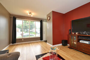 PRIVATE 3 BEDROOM UNIT - WALKING DISTANCE TO FANSHAWE!!