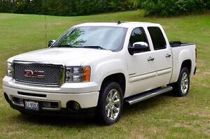 2012 GMC Sierra 1500 Denali Pickup Truck