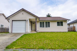 781 S McPhedran Rd MLS#423840 LOVELY, CENTRALLY LOCATED RANCHER