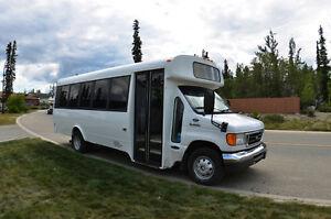 2006 Ford E450 Girardin 21 Passenger Bus