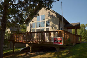 Lakefront Au Lac Cottage in Sioux Narrows