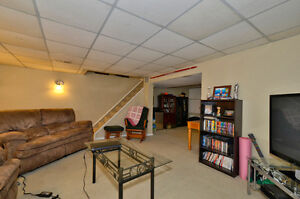 Large 3 bd house, South London, with a pool, great price London Ontario image 8