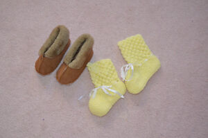 2 Pairs of Baby Booties