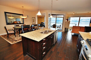 Furnished 2 bed+Den on Beach. Executive rental- Oct-May- Flexibl