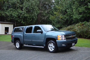 2010 CHEV LTZ CREW CAB with Z71 package