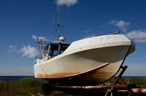 Boat hauling services across Canada