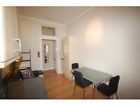 Two bedroom flat (sleeps 4) close to city centre available 1st to 12th August (only)