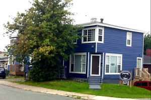 FOR SALE: 7 UNIT APARTMENT BUILDING - Renovated throughout!
