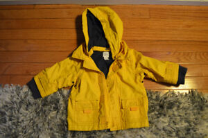 Baby Gap rain jacket size 6-12 months (fit more like 12-24 mos)
