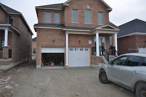 Brand new 4+1 beds detached house for lease in Bradford $2100/mo