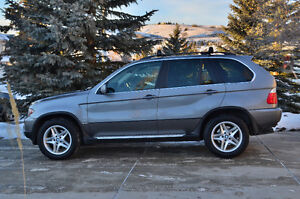 *REDUCED* 2005 BMW X5 4.4i SUV **2 SETS OF RIMS AND TIRES**