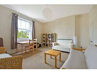 **Spacious Furnished 3 or 4 beds flat in PERIOD BUILDING close Paddington and Maida Vale!! **