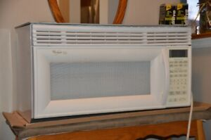 Over The Range Whirlpool Gold Microwave