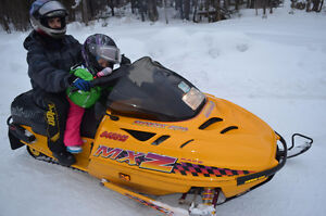 selling Wife 1997 MXZ 670 twin for 1500$ CLEAN SLED