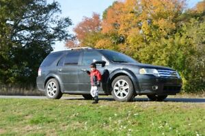 2009 Ford Taurus X Limited Ed., 7 seat, all wheel dr, Crossover
