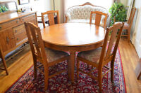 Absolutely Stunning Antique Oak Dining Table & Sideboard