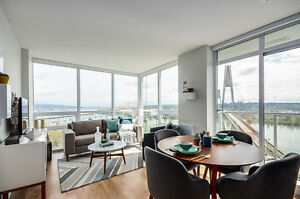 Amazing Waterfront Downtown Strategic Highrise Condo by Skytrain