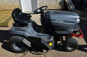 Craftsman LT1000 Lawn Tractor with bagger