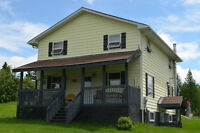 NEW PRICE!  Country Home With Bed & Breakfast Ambiance!