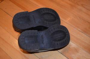 Boys dress shoes size 8 St. John's Newfoundland image 5