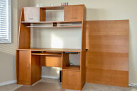 Beautiful Maple Desk in excellent condition.