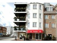 2 bedroom flat in Park West Apartments, Ealing , W53