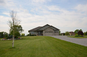 QUALITY BUILT BUNGALOW! 273 McGill Drive, Lindsay, ON