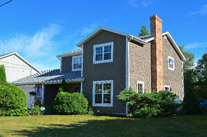 NEW PRICE!! GREAT CORNWALL HOME