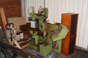Maho 400P milling machine similar to Deckel FP-2 Keilor Downs Brimbank Area Preview