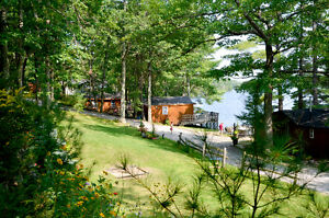LAST MINUTE SPECIAL - Lakefront Cottage in the Kawarthas