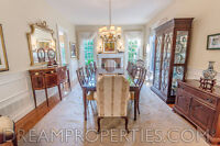 Hickory White Solid Mahogany Dining Table and Chairs