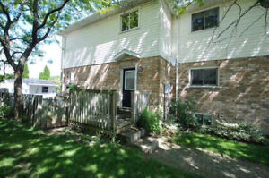 Summer Student Sublet-$450 Utilities Included