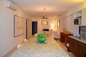 Beautiful 2 bedroom condo in the heart of Playa del Carmen