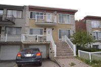 Duplex résidentiel avec bachelor superbe opportunité à saisir!!