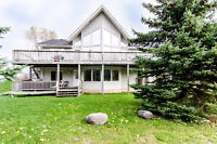 LAST MINUTE CANCELLATION. WKND DEAL. BLUE MOUNTAIN LUXURY CHALET