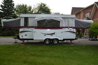 2009 Coleman Avalon Trailer with NEW A/C