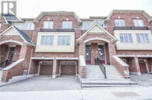 New 4bd3bath townhouse for rent in north oshawa near UOIT